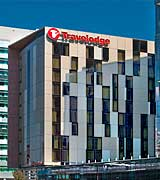 Travelodge Docklands - Melbourne Hotel Accommodation